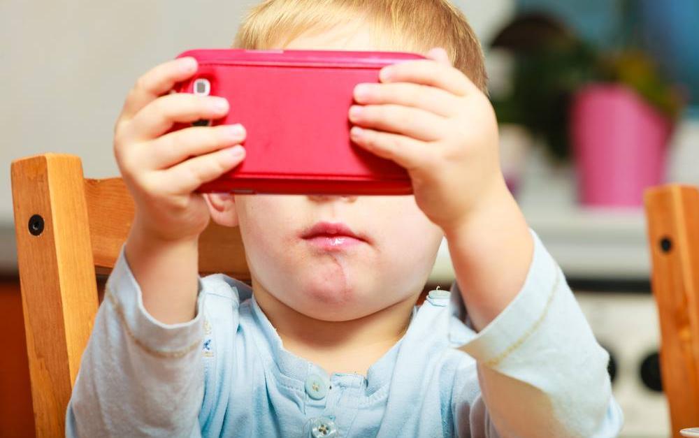 Ծնողնե՛ր, զգոն եղեք, երեխաների ուղեղը, ովքեր շատ ժամանակ են անցկացնում սմարթֆոնով, դատապարտված է...