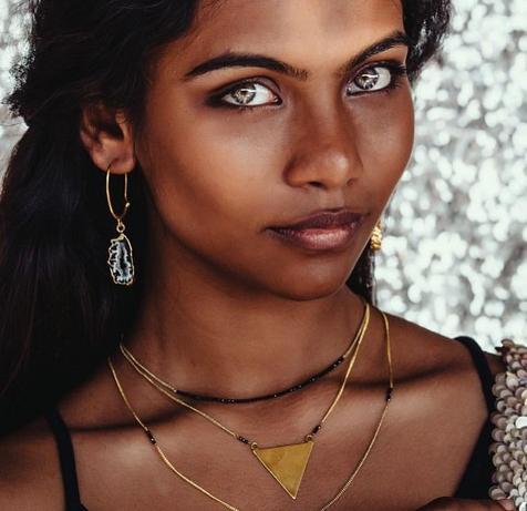 21-летняя модель «с самыми красивыми глазами» покончила жизнь самоубийством