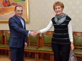 Armenia's minister of finance, Bulgarian ambassador discuss cooperation