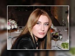 Որպես հայի կին՝ երդվում եմ Ինստագրամով. Գարիկ Մարտիրոսյանի կնոջ «երջանկության նամակը»