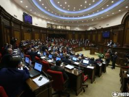Armenian NA factions divided over 2017 draft budget