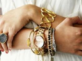 Ինչ զարդեր կրել ձախ ձեռքին կրել՝ բացասական էներգիայից պաշտպանվելու համար