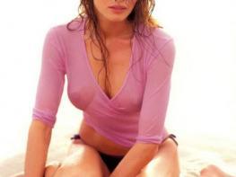 Ինչ տեսք ուներ Մելանյա Թրամփը, երբ նկարահանվում էր ամսագրերի համար (Photo)