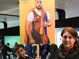 «Երջանիկ եմ, որ հայ ազգի համար Սիմոնի նման որդի եմ մեծացրել»․ Լուսինե Մարտիրոսյան
