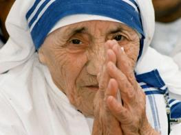Հանճարեղ խոսքեր Մայր Թերզայից, որ կբացեն ձեր աչքերը և կստիպեն կյանքին այլ տեսանկյունից նայել. Կյանքը սեր է, վայելի՛ր այն