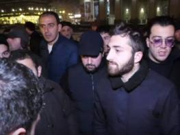 Մանվել Գրիգորյանի խափանման միջոցը փոխելու դեմ պայքարողները որոշեցին 3 օր ճանապարհ չփակել