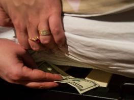 Տղամարդիկ չփորձեք հակառակվել, դա առաջին հերթին ձեր օգտին է․5 պատճառ, թե ինչու ընտանիքում փողը պետք է տնօրինի կինը․