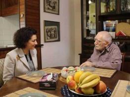 Աննա Հակոբյանը այցելել է Արմեն Ջիգարխանյանին՝ հետաքրքրվելու վերջինիս ինքնազգացողությամբ