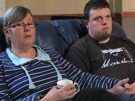 51-ամյա կինն ամուսնանում է որդու հետ