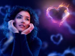 10 բան, որոնք թաքուն անում է յուրաքանչյուր սիրահարված աղջիկ