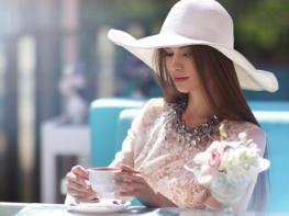 22 խորհուրդ հանրահռչակ ոճաբանների կողմից. ինչպես դառնալ իսկական կին