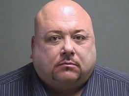 Американский насильник решил не дожидаться смертной казни и свел счеты с жизнью прямо в здании суда